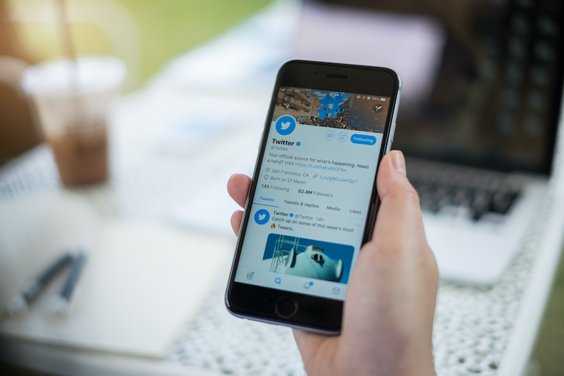 Picture of the twitter mobile app on a new iphone.